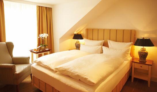 fuchsbau romantik hotel restaurant spa timmendorfer strand allemagne. Black Bedroom Furniture Sets. Home Design Ideas