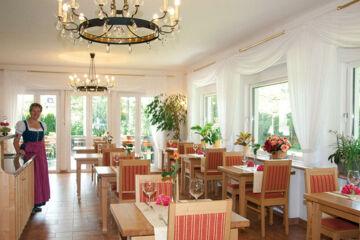 HOTEL BELLEVUE Bad Wiessee