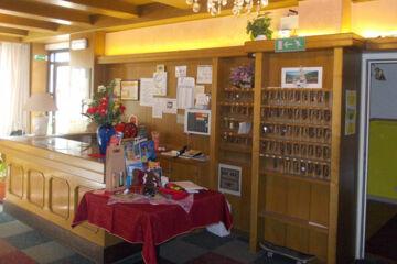 HOTEL DOLOMITI Levico Terme (TN)